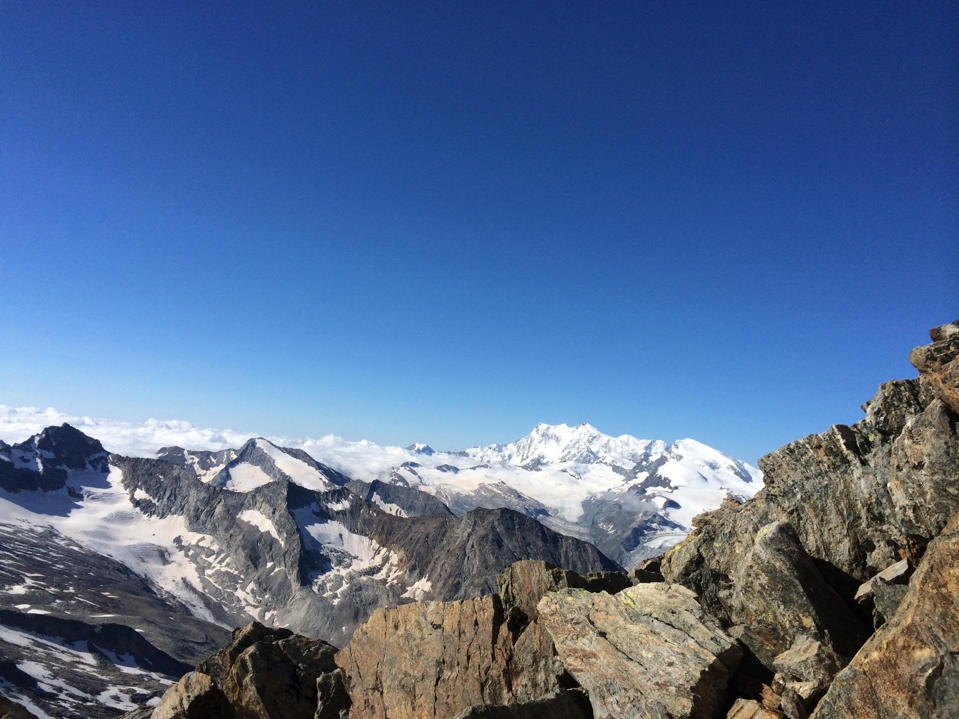 Blick vom Südgrat des Weissmies in Richtung Monte Rosa